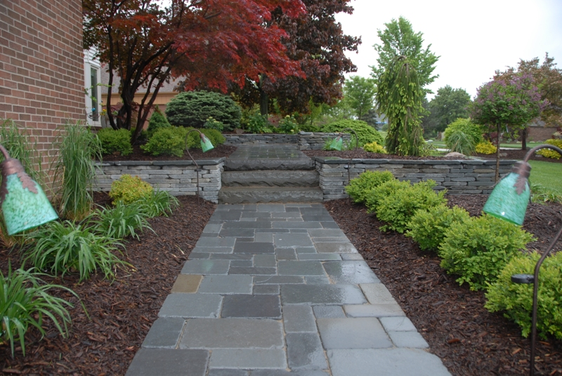 Bluestone residential walkway steps and walls