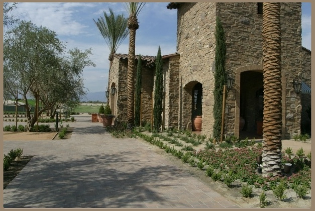Toscana-pedestrian-pavers-common-area2-G